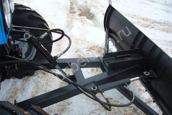 Шнекоротор сшр-2.0 для трактора мтз 82 в метро Проспекте.